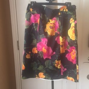 NY Collection midi floral skirt size 8